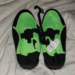 Swimming shoes 2/3